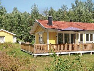 Beautiful home in Ljustero w/ Sauna, WiFi and 3 Bedrooms