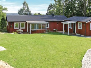 Awesome home in Tyresö w/ Sauna and 3 Bedrooms