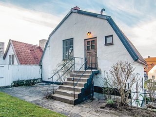 Nice apartment in Visby w/ WiFi and 1 Bedrooms (S42543)