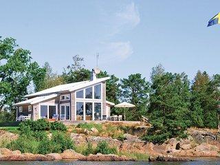 Beautiful home in Mellerud w/ Sauna and 3 Bedrooms