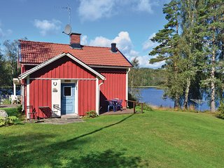 Awesome home in Åmål w/ WiFi and 3 Bedrooms (S45295)