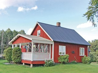 Awesome home in Dalskog w/ 2 Bedrooms