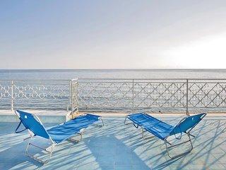 Apt. Riviera Blu