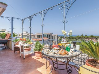 Nice home in Piano di Sorrento NA w/ WiFi and 2 Bedrooms (IKS157)