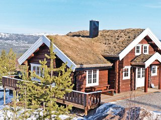 Stunning home in Sälen w/ Sauna, WiFi and 8 Bedrooms