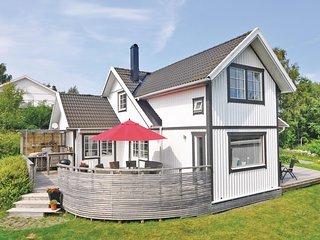 Amazing home in Torslanda w/ WiFi and 4 Bedrooms (S50022)