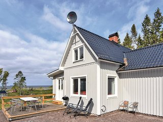 Amazing home in Otterbacken w/ WiFi and 3 Bedrooms