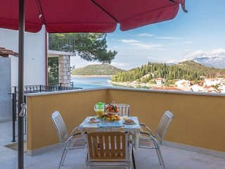 Awesome home in Ploce w/ WiFi and 1 Bedrooms (CDR422)