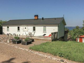Nice home in Tibro w/ 2 Bedrooms (S50182)