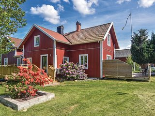 Awesome home in Sollebrunn w/ WiFi and 4 Bedrooms