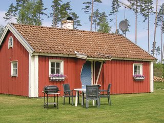 Awesome home in Sjötofta w/ 1 Bedrooms