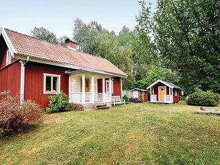 Amazing home in Älgarås w/ WiFi and 2 Bedrooms (S50234)