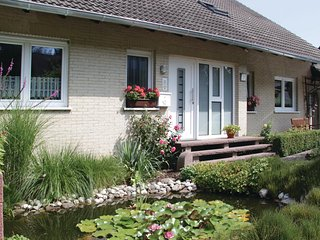 Awesome home in Oberweser/Gieselwerder w/ WiFi and 2 Bedrooms (DWE001)