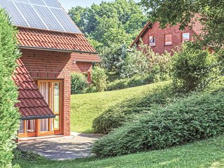 Awesome home in Nieheim w/ WiFi and 3 Bedrooms