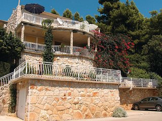 Awesome home in Blato w/ WiFi and 2 Bedrooms