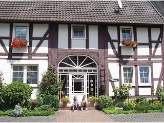 Stunning home in Oberweser/Gieselwerder w/ WiFi and 3 Bedrooms (DWE007)