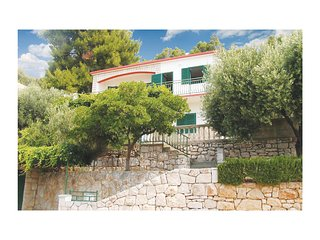 Beautiful home in Blato w/ WiFi and 3 Bedrooms