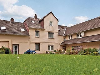 Awesome home in Furstenberg/Weser w/ WiFi and 3 Bedrooms (DWE013)