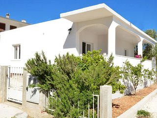 Two bedroom house Vinisce (Trogir) (K-16488)