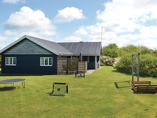 Beautiful home in Rømø w/ Sauna, WiFi and 3 Bedrooms (R10339)