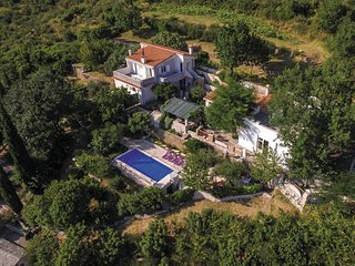 Stunning home in Klis w/ WiFi and 3 Bedrooms