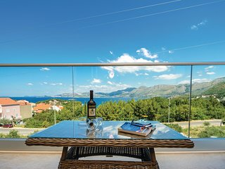 Beautiful home in Cavtat w/ WiFi and 1 Bedrooms
