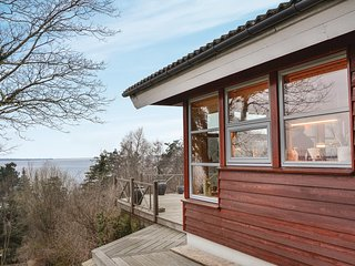 Stunning home in Frederiksvaerk w/ WiFi and 4 Bedrooms