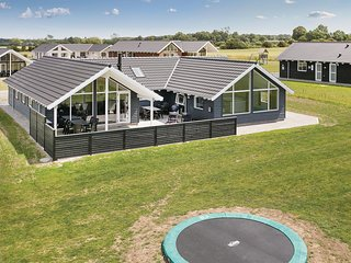 Stunning home in Bogense w/ Sauna, WiFi and 5 Bedrooms (G51279)