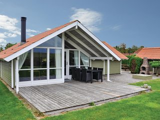 Awesome home in Middelfart w/ WiFi and 3 Bedrooms