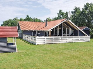 Nice home in Otterup w/ Sauna, WiFi and 4 Bedrooms