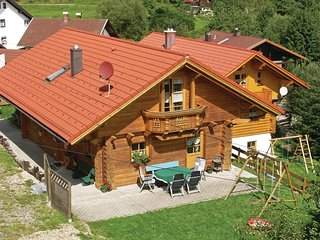 Beautiful home in Bayerisch Eisenstein w/ WiFi and 3 Bedrooms