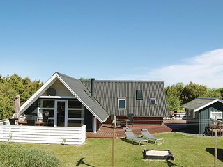 Stunning home in Rømø w/ WiFi and 3 Bedrooms (R10376)