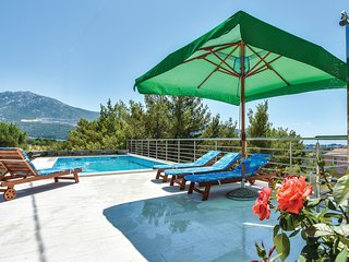 Nice home in Klis w/ WiFi and 3 Bedrooms