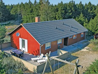 Nice home in Romo w/ Sauna, WiFi and 4 Bedrooms