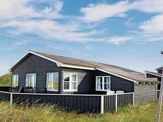 Stunning home in Rømø w/ WiFi and 3 Bedrooms (R10575)