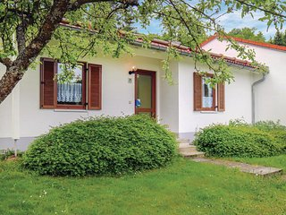 Nice home in Falkenstein w/ WiFi and 2 Bedrooms