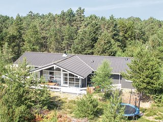 Beautiful home in Rømø w/ Sauna, WiFi and 4 Bedrooms