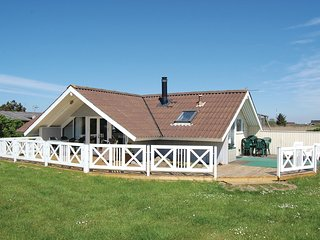 Nice home in Rømø w/ WiFi and 3 Bedrooms (R10619)