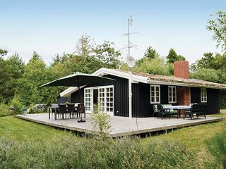 Stunning home in Rømø w/ WiFi and 3 Bedrooms (R10493)