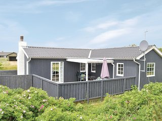 Awesome home in Rømø w/ WiFi and 2 Bedrooms (R10554)