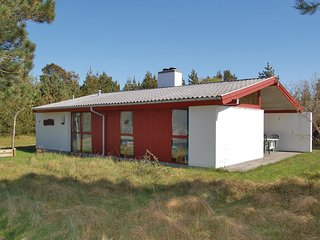 Stunning home in Rømø w/ WiFi and 3 Bedrooms (R10683)