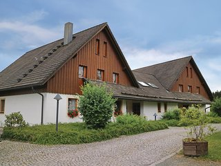 Amazing home in Presseck w/ Sauna, WiFi and 2 Bedrooms