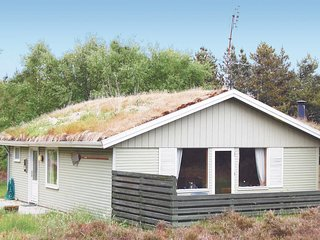 Nice home in Rømø w/ Sauna, WiFi and 2 Bedrooms (R10696)