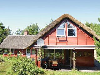Nice home in Rømø w/ Sauna and 3 Bedrooms (R10846)