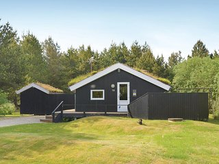 Awesome home in Rømø w/ Sauna, WiFi and 3 Bedrooms (R10734)