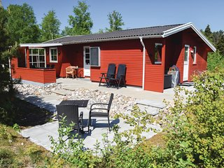 Stunning home in Rømø w/ 1 Bedrooms and WiFi (R10724)