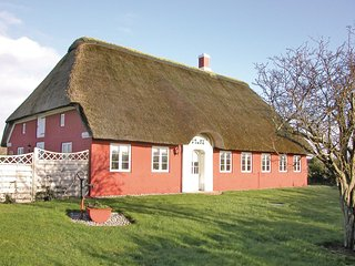 Awesome home in Rømø w/ WiFi and 3 Bedrooms (R10836)