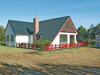 Amazing home in Rømø w/ WiFi and 3 Bedrooms (R10754)