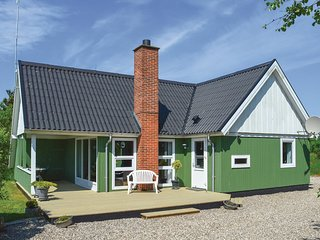 Stunning home in Rømø w/ Sauna, WiFi and 3 Bedrooms (R10758)