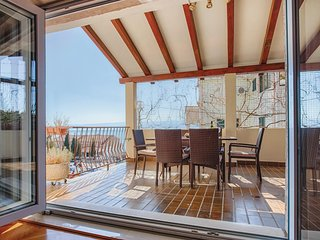 Stunning home in Omis w/ WiFi and 2 Bedrooms